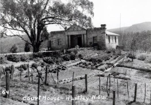 1838-hartley-court-house